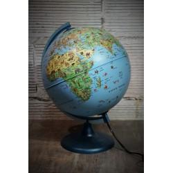 Globe terrestre animaux années 80