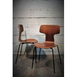 "Chaises ""Hammer"" Arne Jacobsen années 70"